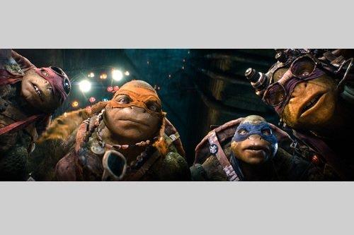 """【今週見るならこの映画!】""""キモかっこいい!""""4匹の亀が大暴れ!『ミュータント・タートルズ』"""