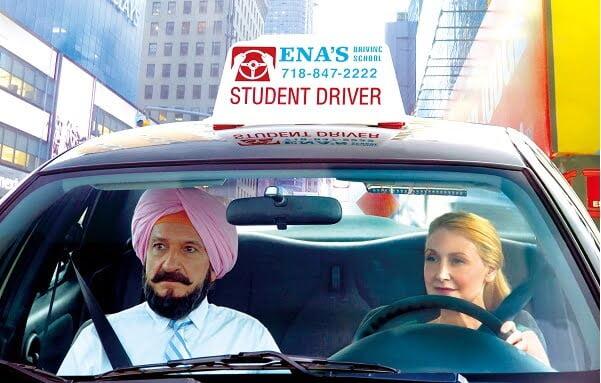 ほっこりした気持ちになれる、キャリアウーマンとインド人運転手の映画