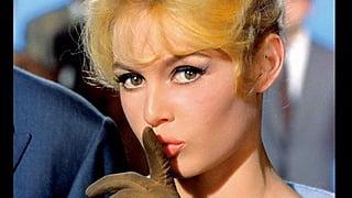 今見ても可愛い!フランスの女優ブリジット・バルドーのお手本にしたいヘア&ファッション