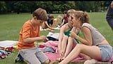10歳と6歳の兄弟が母を探す。ドイツのハードなロードムービー