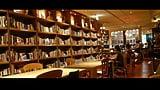 TSUTAYA×スタバだけじゃない!本とコーヒーが楽しめるお店