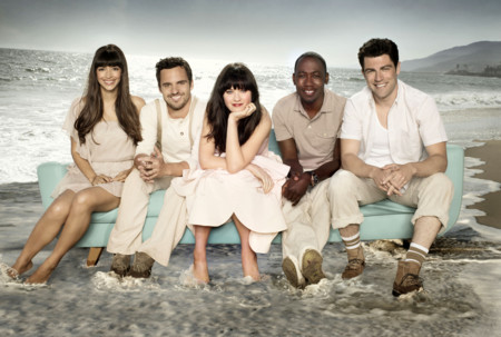 NEW GIRL:  Cast L-R: Hannah Simone, Jake Johnson, Zooey Deschanel, Lamorne Morris and Max Greenfield.  The second season of NEW GIRL debuts with a two-episode premiere on Tuesday, Sept. 25 (8:00-8:30 and 9:00-9:30 PM ET/PT) on FOX.  ©2012 Fox Broadcasting Co. Cr: Dewey Nicks/FOX
