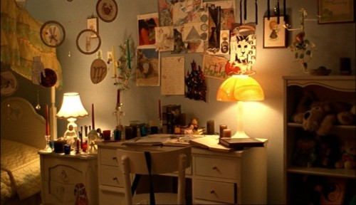 The_Virgin_Suicides_Cecilia's_room