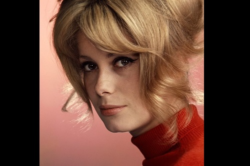 生粋のパリジェンヌ!フランス映画の大女優カトリーヌ・ドヌーヴのファッションはとってもエレガンス