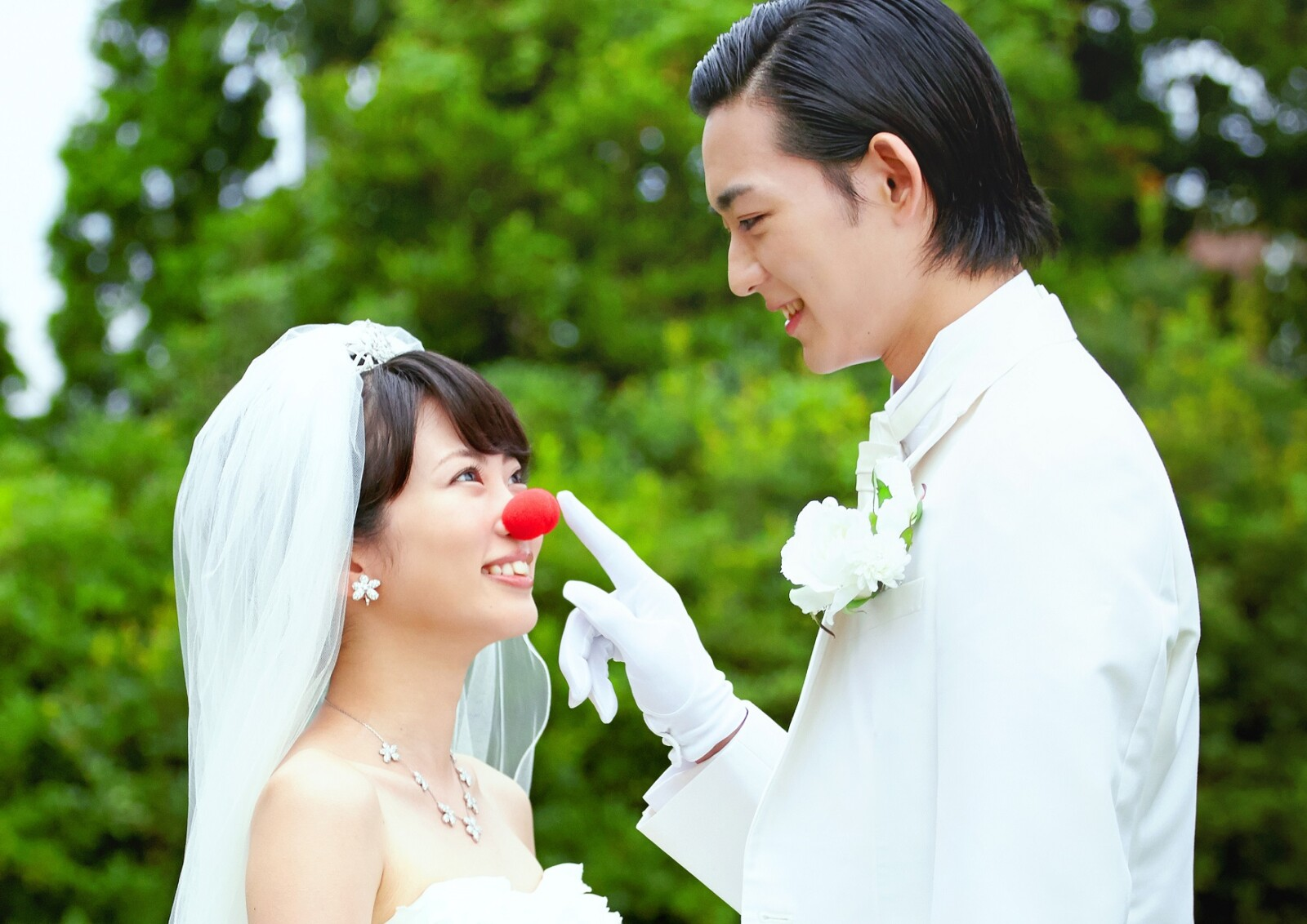 泣き虫ピエロの結婚式_メイン