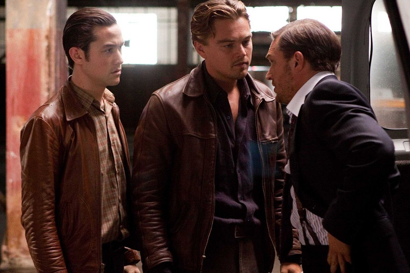 (L-r) JOSEPH GORDON-LEVITT as Arthur, LEONARDO DiCAPRIO as Cobb, and TOM HARDY as Eames in Warner Bros. PicturesÕ and Legendary PicturesÕ sci-fi action film ÒINCEPTION,Ó a Warner Bros. Pictures release.