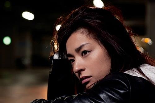 芸能界入りのきっかけは下駄箱掃除!?女優・尾野真千子のおすすめ出演映画作品