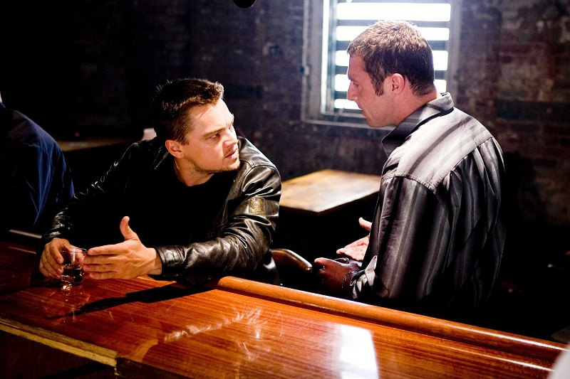 "Fitzy (DAVID O'HARA) confronts Billy Costigan (LEONARDO DiCAPRIO) after a shootout with the police leaves a fellow gang member dead in Warner Bros. Pictures' crime drama ""The Departed.""  PHOTOGRAPHS TO BE USED SOLELY FOR ADVERTISING, PROMOTION, PUBLICITY OR REVIEWS OF THIS SPECIFIC MOTION PICTURE AND TO REMAIN THE PROPERTY OF THE STUDIO. NOT FOR SALE OR REDISTRIBUTION."