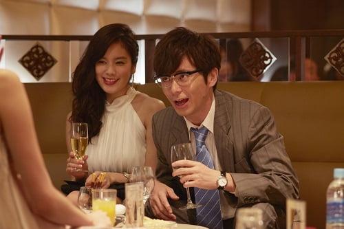 藤森慎吾さんと筧美和子さん。こんなサラリーマンいそう…。