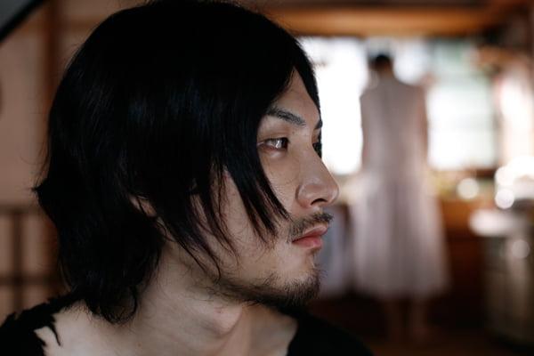 映画『悪夢探偵2』より。松田龍平さん
