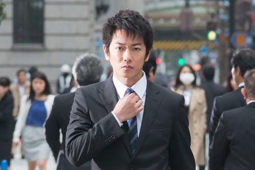 不覚にも涙!?映画『金メダル男』知念侑李くんと内村光良監督の共通点ってある?