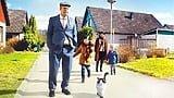 【プレゼント】スウェーデン発のヒューマンドラマ『幸せなひとりぼっち』監督サイン入りプレスシートを【5名様】にプレゼント!