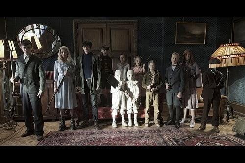 """ティム・バートン史上、最も奇妙。 映画『ミス・ペレグリンと奇妙なこどもたち』""""ちょっと違う""""ことはステキなこと!?"""