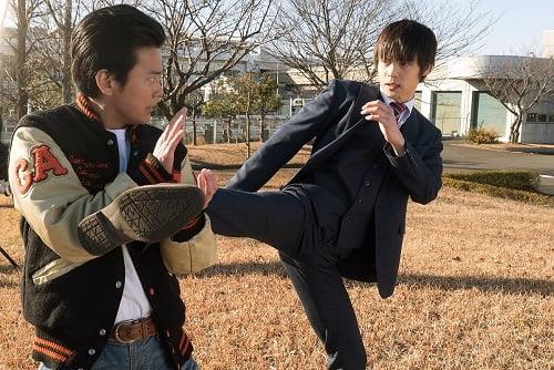 アクション×ギャグ×ラブ『ラストコップ THE MOVIE』なんでもアリ(?!)な場面写真一挙公開!