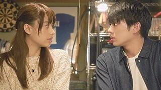 山本美月♡真剣佑、見つめ合う2人にキスの予感!?映画『ピーチガール』新場面写真一挙公開!
