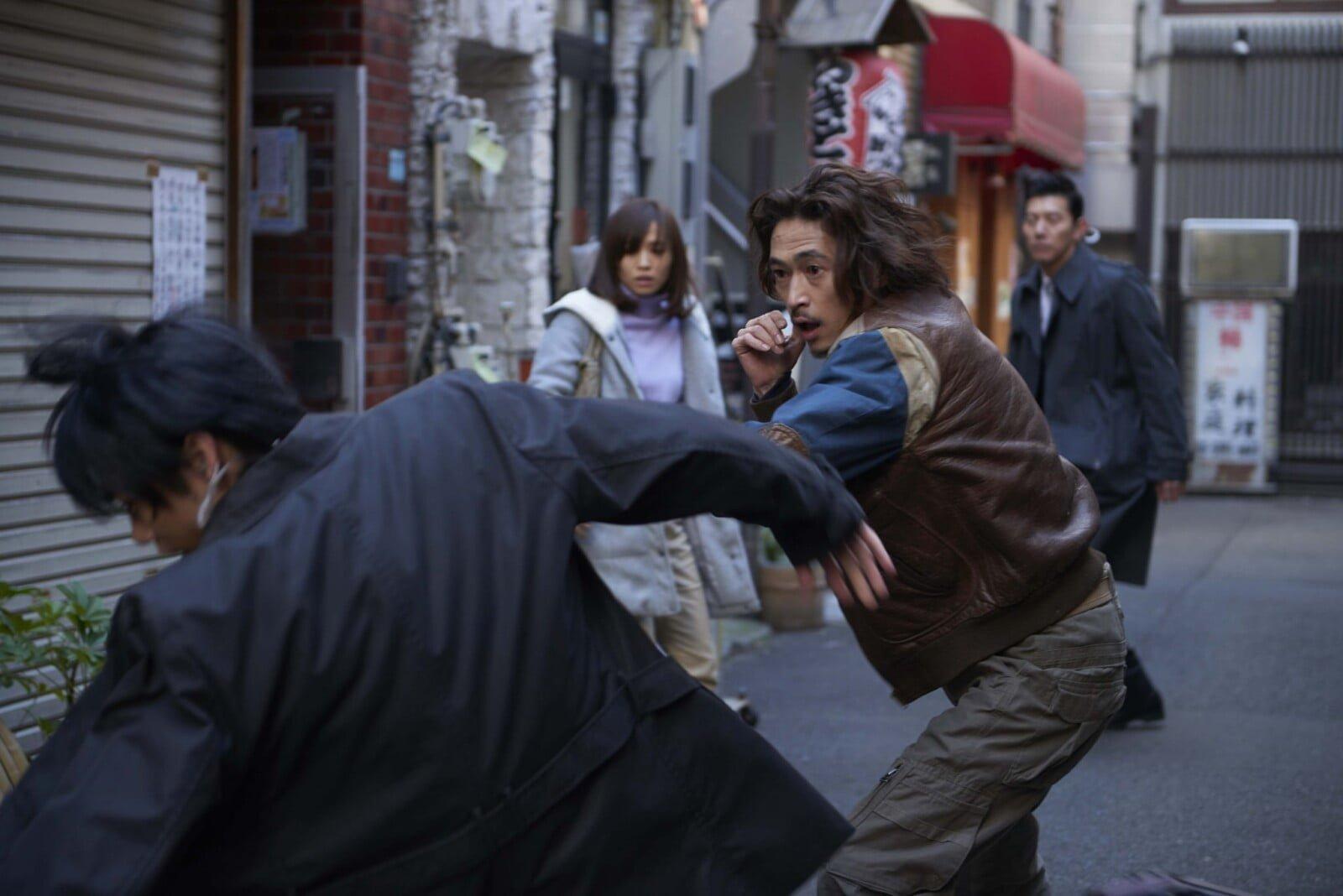 窪塚洋介×降谷建志(Dragon Ash)初タッグ!映画『アリーキャット』予告編&新場面写真2点解禁!