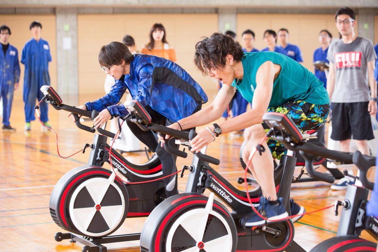 映画『トリガール!』間宮祥太朗、超絶♡ワイルドなバイクシーン解禁!まるで『クローズ』な場面写真も!