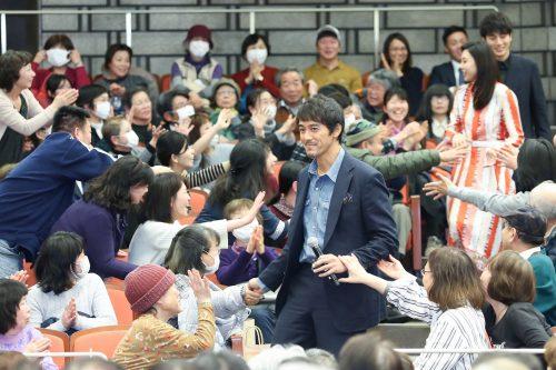 あれもこれも思いがけないサプライズ続々!映画『祈りの幕が下りる時』大阪舞台挨拶!