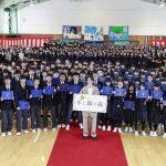 映画『羊と鋼の森』山﨑賢人、ロケ地の中学校に恩返し!卒業式にサプライズ登場で、熱いメッセージを届ける…!
