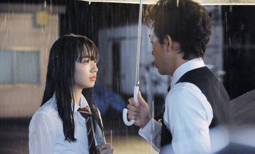 17歳の女子高校生がさえないファミレス店長に片想い!?そのワケとは――。映画『恋は雨上がりのように』予告映像解禁!