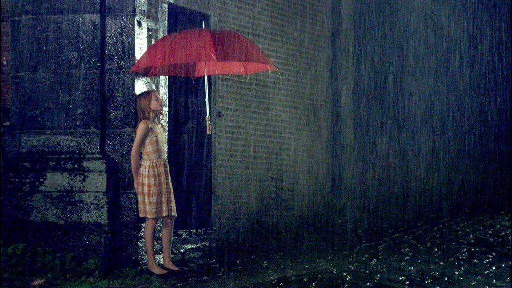 """""""目に見えない""""青年と盲目の少女のラブロマンス。映画『エンジェル、見えない恋人』公開日&邦題決定"""