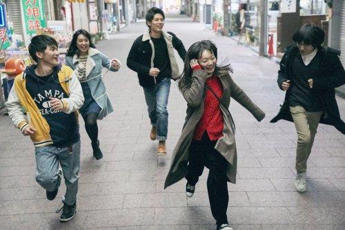 群馬県高崎を舞台に5人の男女の青春を描いた群像作品!映画『高崎グラフィティ。』キービジュアル&場面写真解禁!
