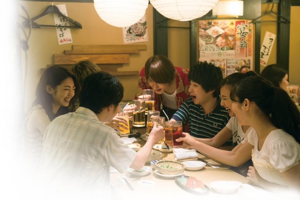 7人の状況を映し出す表情から見えてくるものとは――。映画『青の帰り道』主要キャストの場面写真一挙解禁!