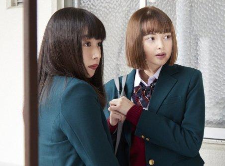 平野紫耀、枕をぎゅっと抱きしめる姿が超絶キュート♡映画『ういらぶ。』場面写真解禁!