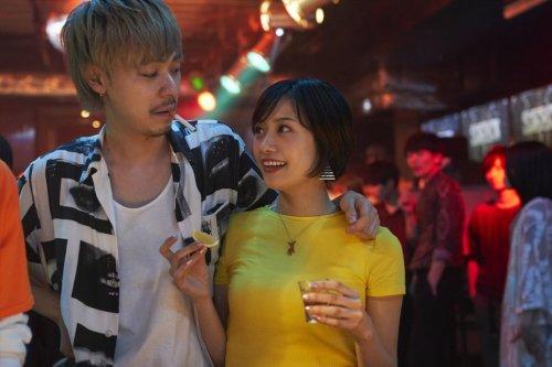 ギラギラとしたエネルギーが熱い!映画『チワワちゃん』若さと青春感が詰まった場面写真解禁!