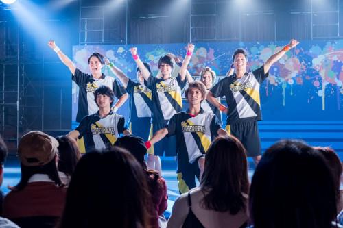 """BREAKERS""の全力スマイルが盛りだくさん!映画『チア男子!!』パフォーマンス画像解禁"