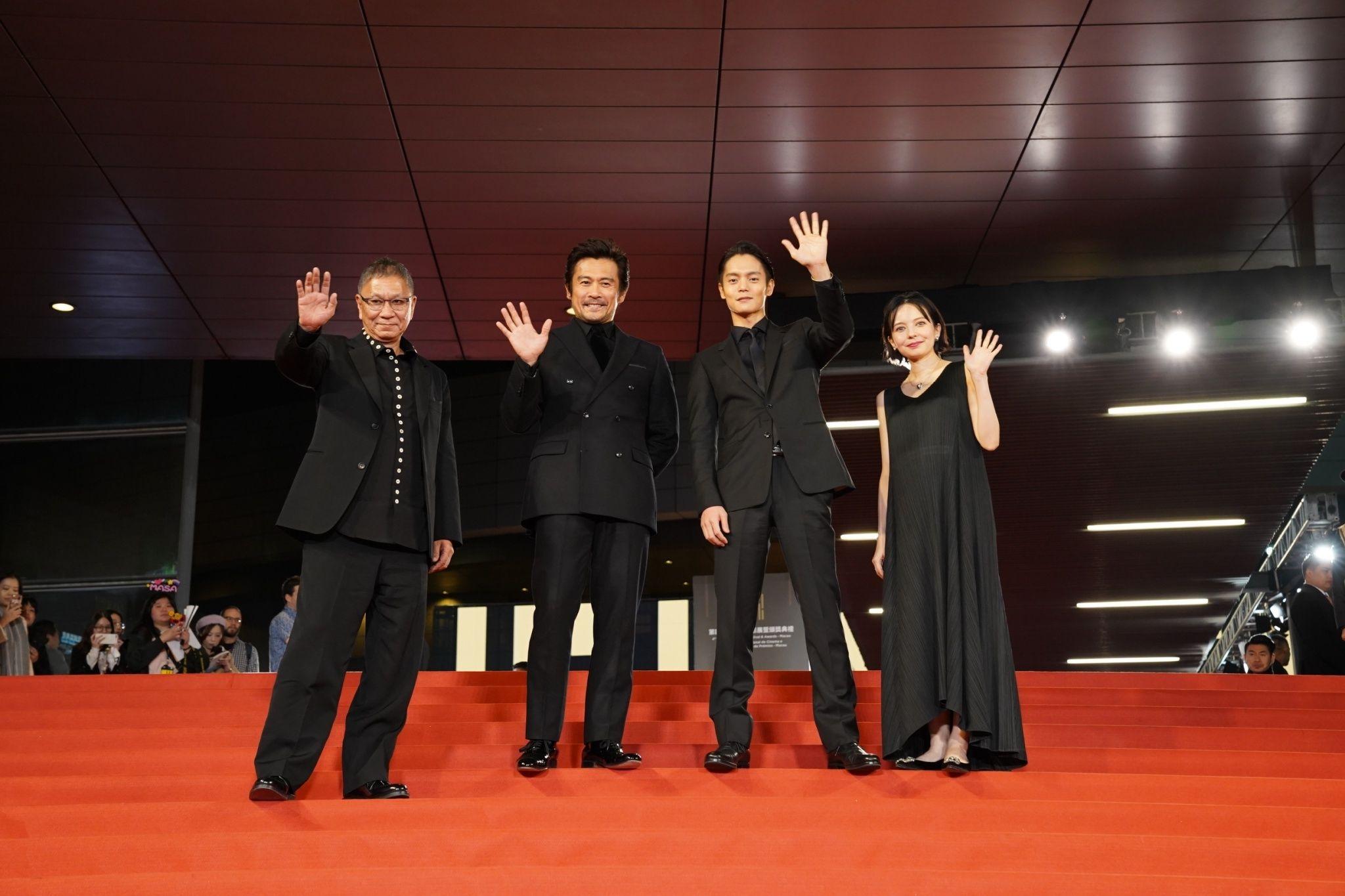 窪田正孝主演!映画『初恋』世界が大熱狂!海外映画祭凱旋様子を収めた特別映像公開