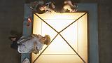 映画『宇宙でいちばんあかるい屋根』日本を代表するベテラン女優 桃井かおり 異色の凸凹バディショットを大公開!!