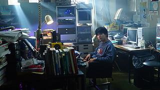 吉沢亮、自身を「王」と例える!?予想の斜め上をいく質問にタジタジ!! 映画『AWAKE』はにかみ笑顔で語るインタビュー映像解禁!!